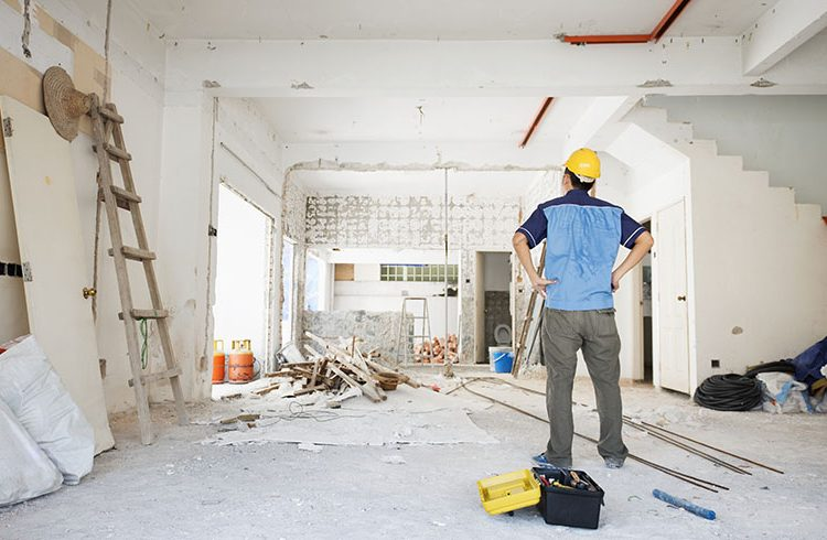 How to Choose the Right Builders for Your Renovation Project?
